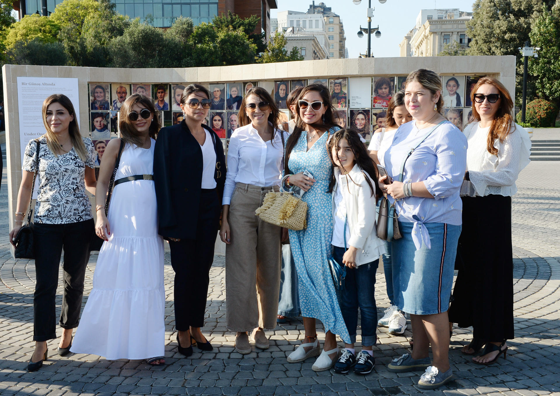 Heydar Aliyev Foundation VP attends opening of photo exhibition on multicultural values of Azerbaijan (PHOTO)