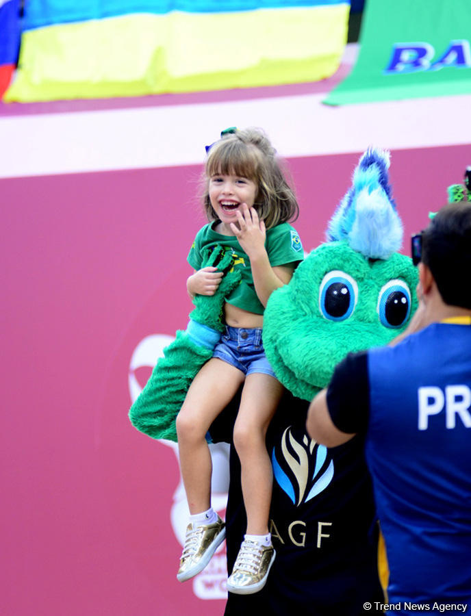 Smiles, joy and delight at 37th Rhythmic Gymnastics World Championships in Baku (PHOTO) - Gallery Image