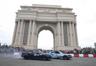 AAF-ın təşkilatçılığı ilə Gəncədə idman avtomobillərinin yarışı və şousu keçirilib (FOTO/VİDEO)