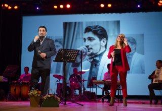 Осенняя любовь и ностальгия Принца азербайджанского шансона (ВИДЕО, ФОТО)