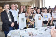 "Heydar Aliyev Foundation VP attends ""Speaking Walls"" urban art project (PHOTO) - Gallery Thumbnail"