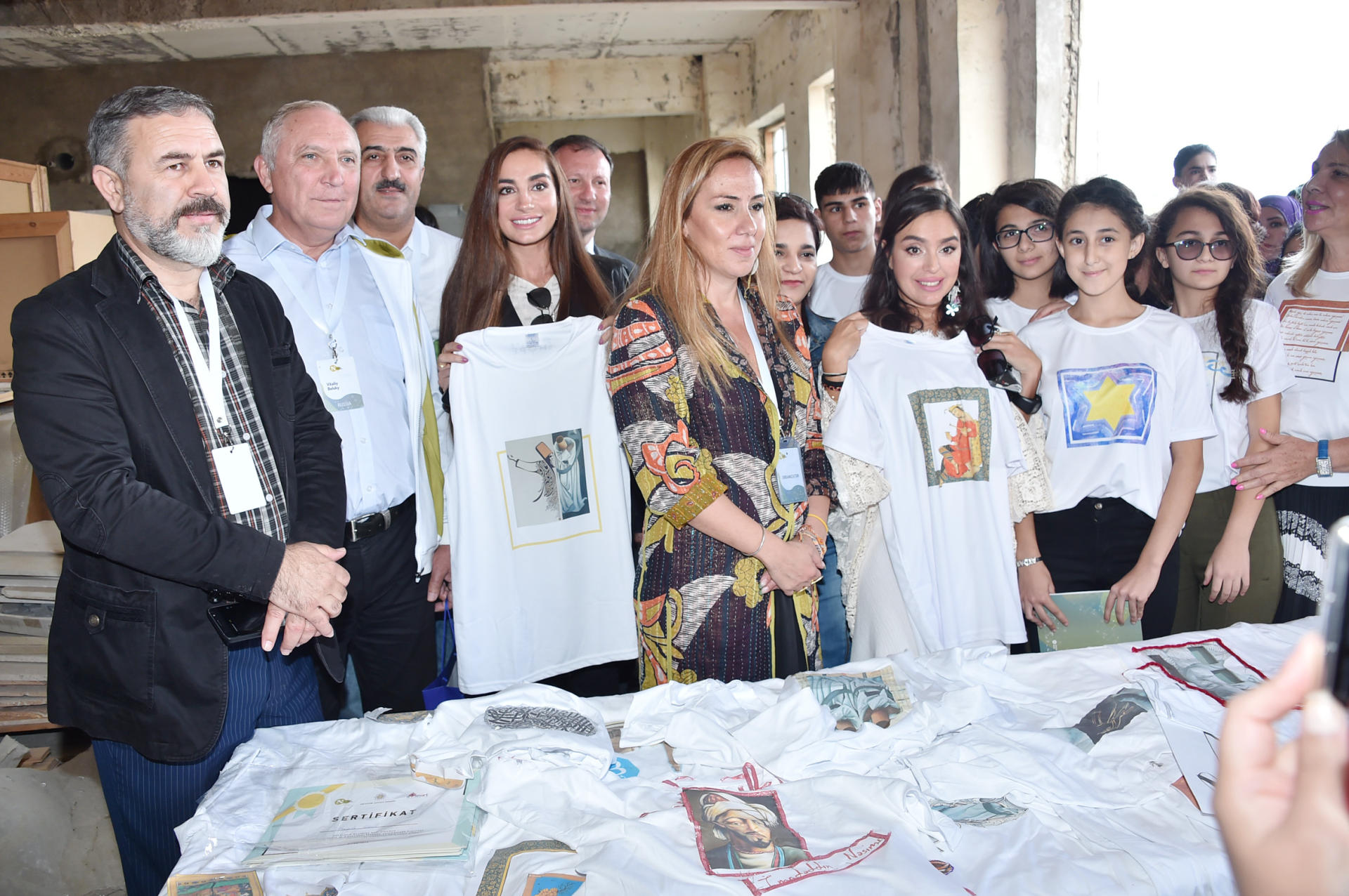 "Heydar Aliyev Foundation VP attends ""Speaking Walls"" urban art project (PHOTO)"