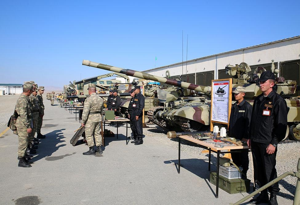 Weapons, military equipment of Azerbaijani army being transferred into winter mode (PHOTO/VIDEO) - Gallery Image