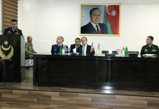 US ambassador meets with Azerbaijani servicemen involved in Saber Junction – 19 exercise (PHOTO)