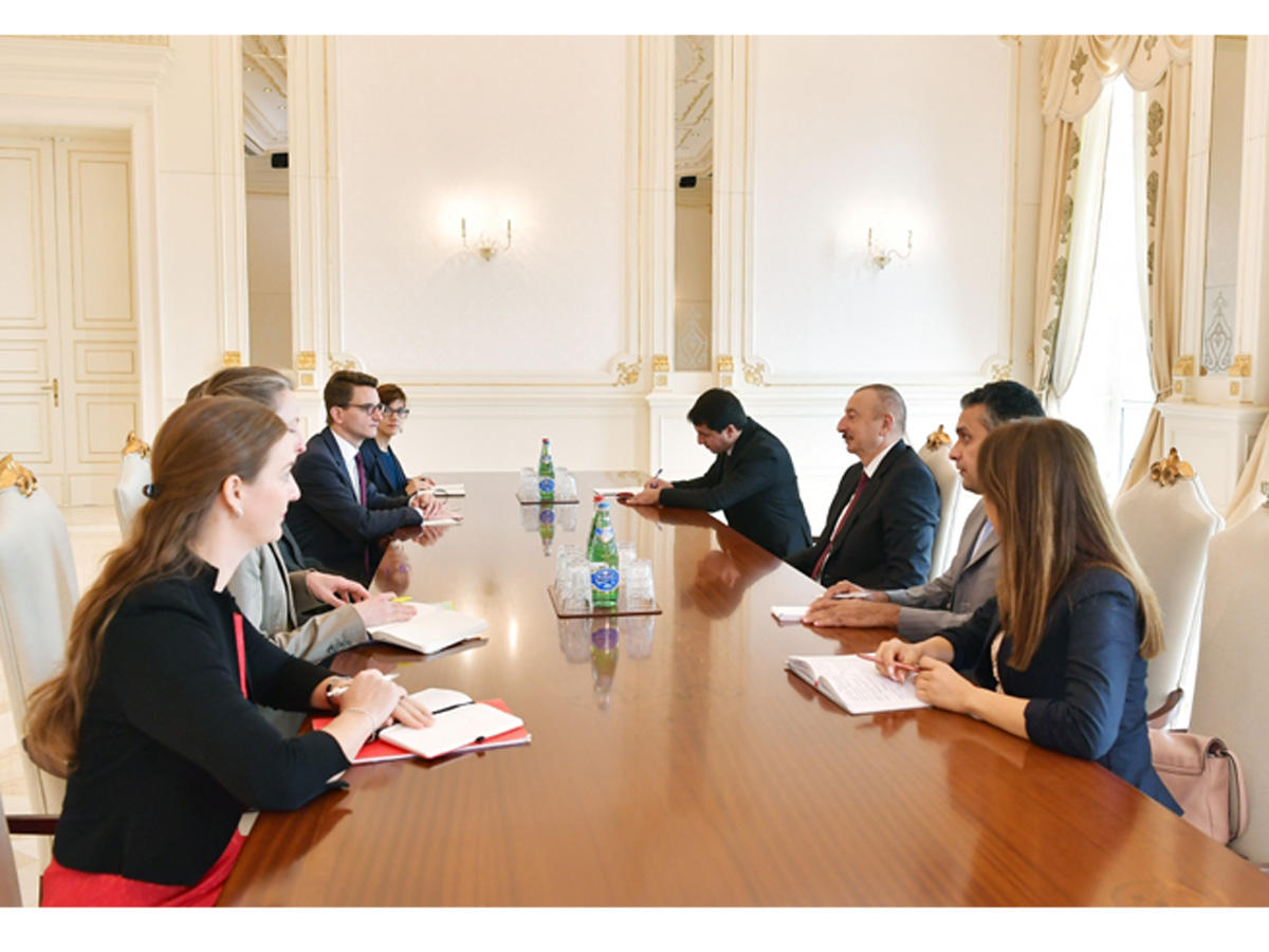 President Ilham Aliyev receives delegation led by president of Swiss Council of States (PHOTO)