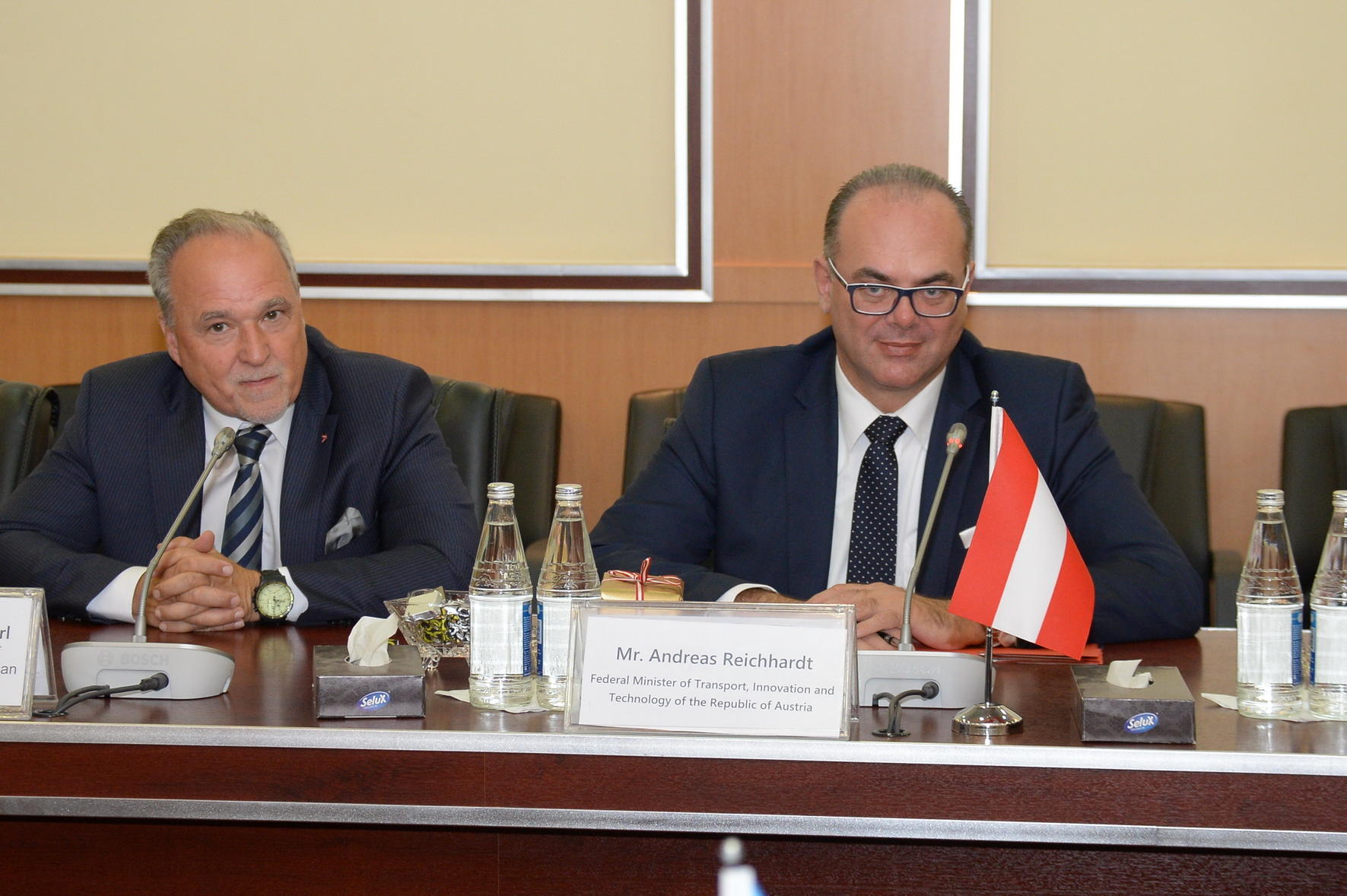 Azerbaijani communication minister meets Austrian delegation (PHOTO) - Gallery Image
