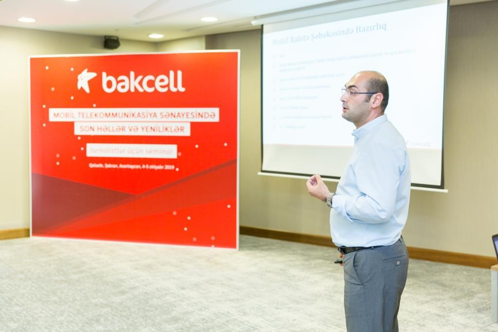 Bakcell introduces journalists to latest solutions, technologies in mobile telecommunications (VIDEO) - Gallery Image