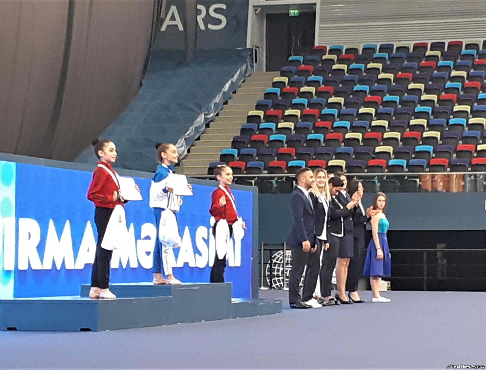 "Baku hosts awarding ceremony for winners of Rhythmic Gymnastics ""pre-juniors"" Interregional Cup (PHOTO) - Gallery Image"