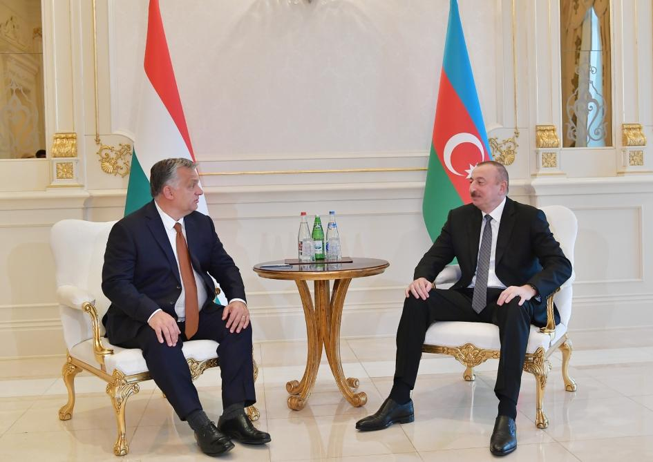Azerbaijani president meets Hungarian PM (PHOTO) - Gallery Image