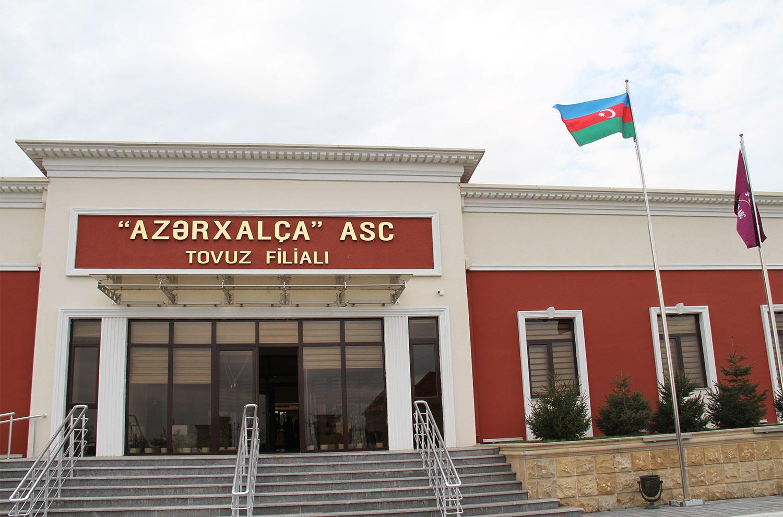 """""""Azərxalça""""nın filiallarında yeni xalçalar kəsilib (FOTO) - Gallery Image"""