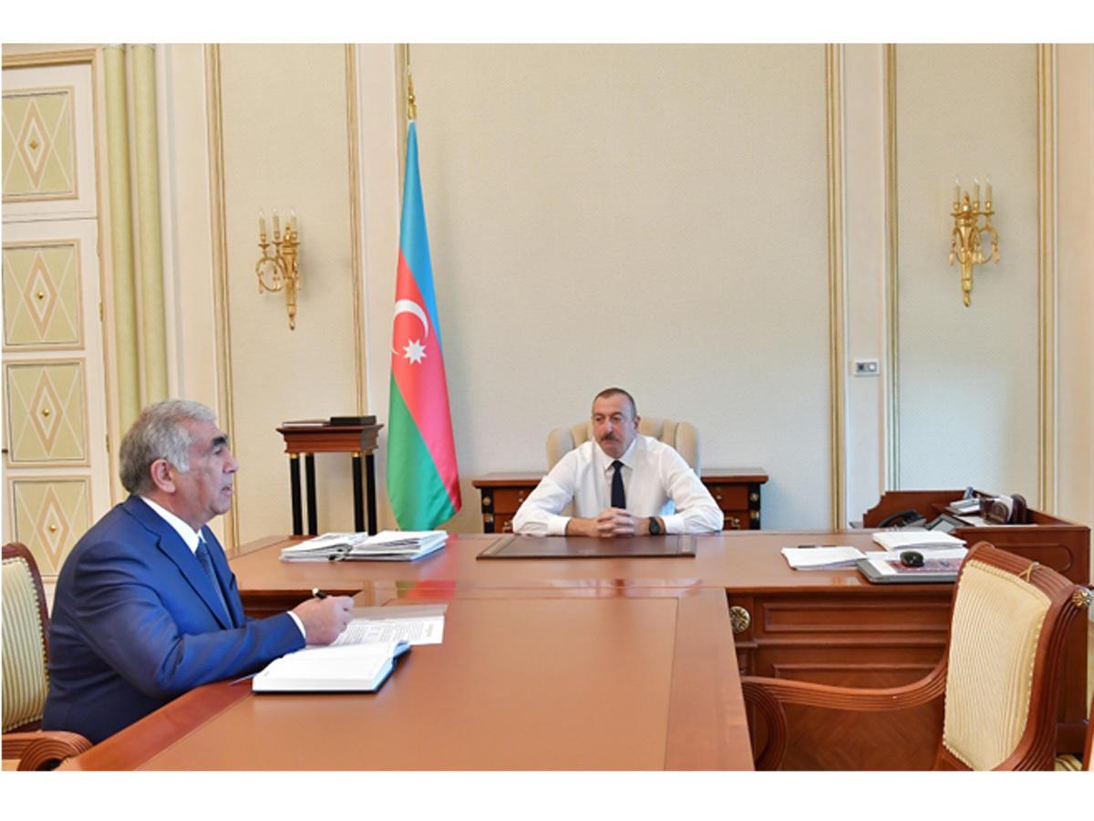 Президент Ильхам Алиев принял председателя правления Госагентства автомобильных дорог (ФОТО)