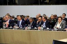 Министр обороны Азербайджана принял участие в заседании НАТО (ФОТО) - Gallery Thumbnail