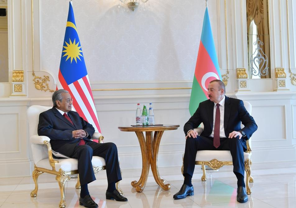 President Ilham Aliyev receives Malaysian PM Mahathir bin Mohamad (PHOTO) - Gallery Image