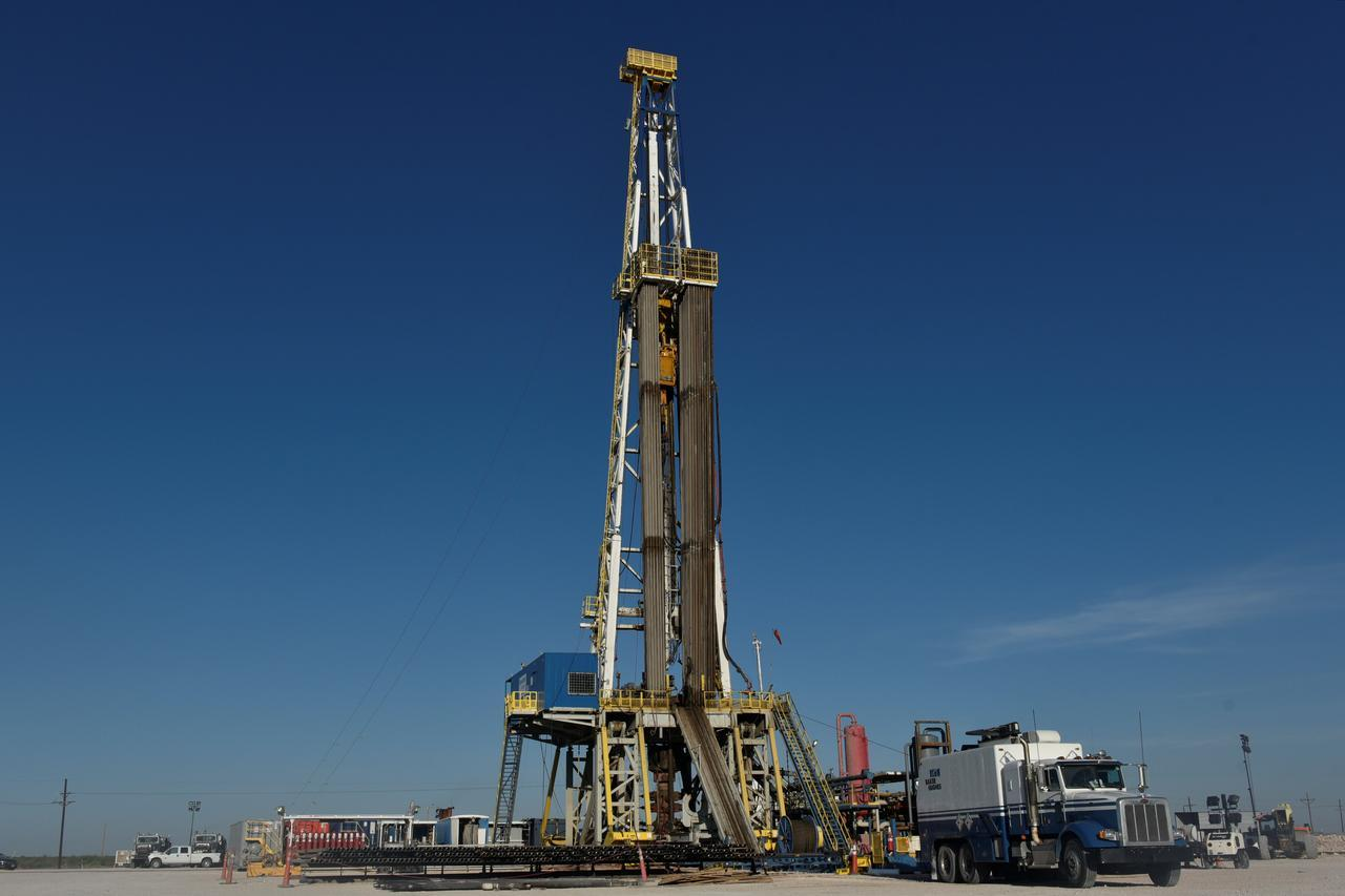 Implementation of drilling operations continue in Iran's oil fields