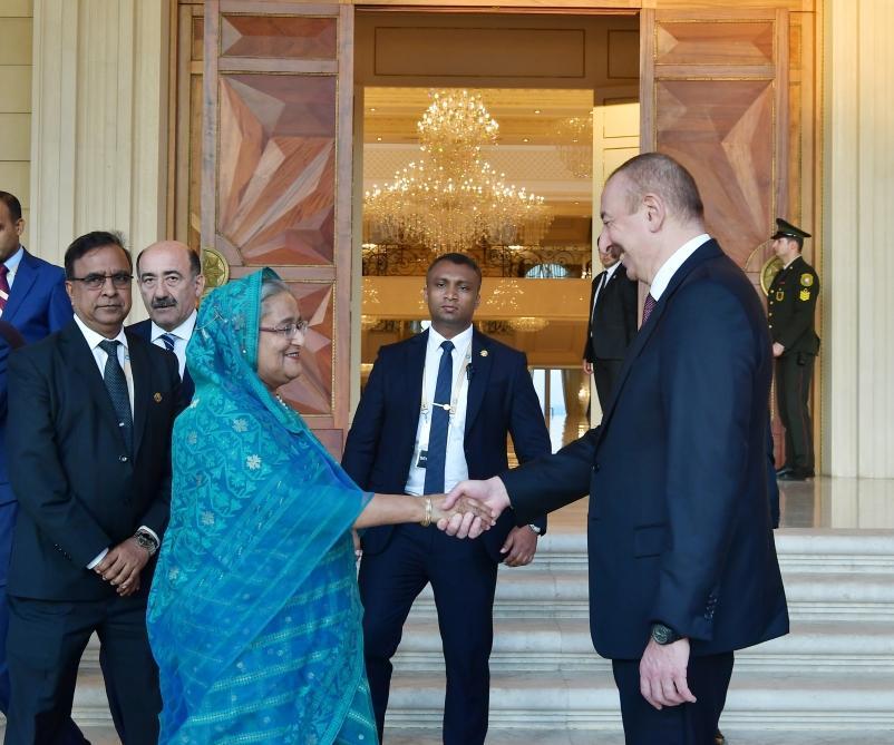 Prezident İlham Əliyev Banqladeşin Baş Naziri xanım Şeyx Hasinanı qəbul edib (FOTO) - Gallery Image