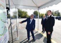 Prezident İlham Əliyev Ağdaşda yenidən qurulan avtomobil yolunun açılışında iştirak edib (FOTO) (YENİLƏNİB) - Gallery Thumbnail