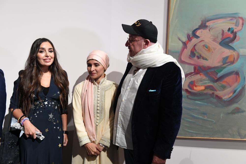 Heydər Əliyev Fondunun vitse-prezidenti Leyla Əliyeva VIII Moskva Beynəlxalq Müasir İncəsənət Biennalesinin açılışında iştirak edib (FOTO) - Gallery Image