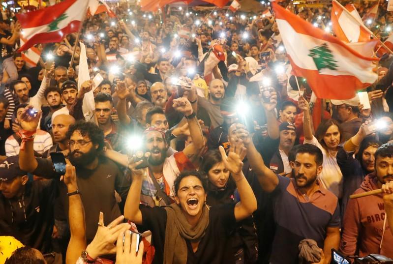 У здания президентского совета ПНС Ливии начались столкновения