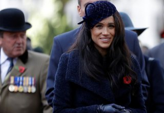 Meghan Markle makes first visit to Westminster Abbey's Field of Remembrance