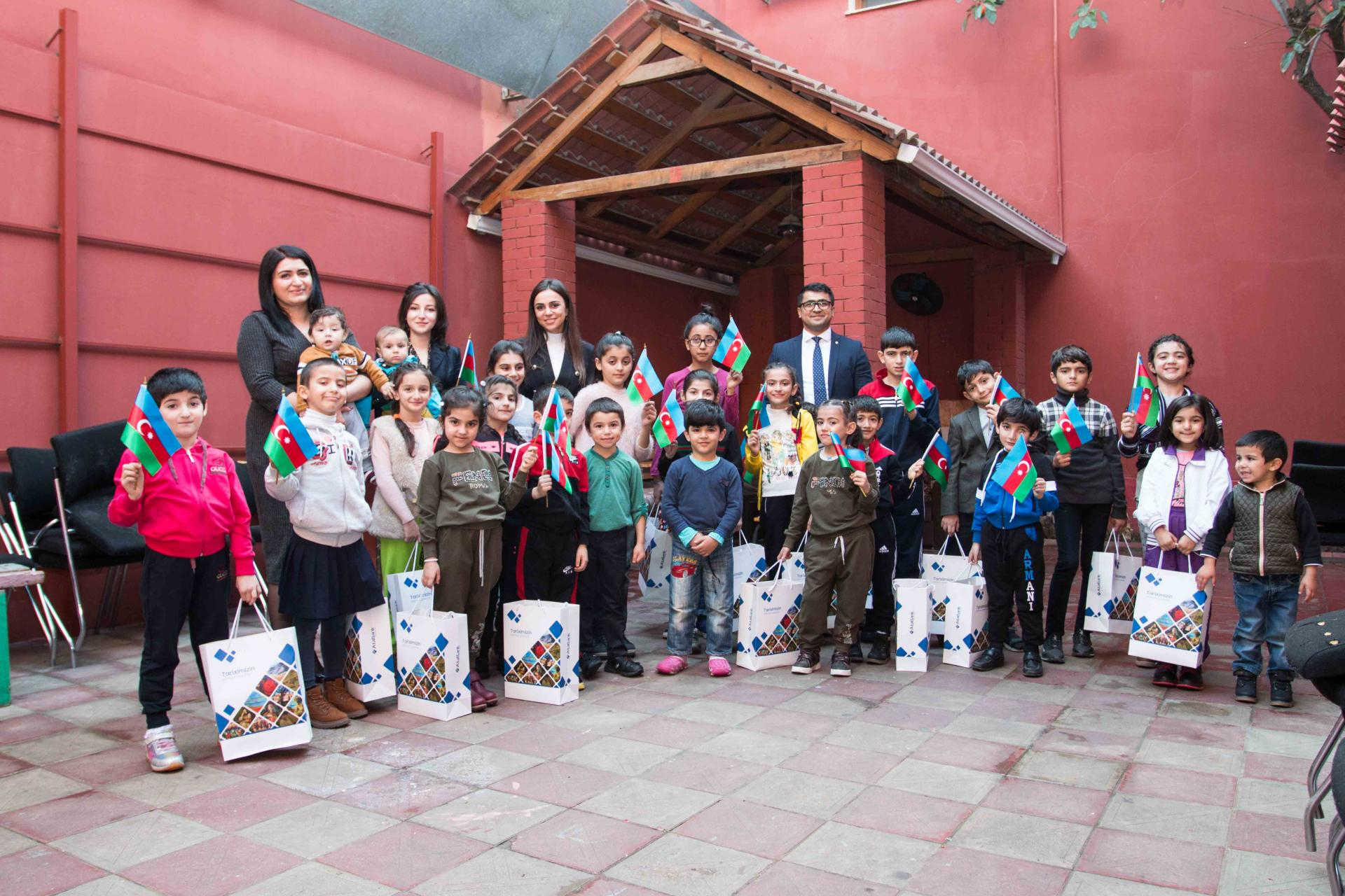 AtaBank OJSC meets children of shelter (PHOTO) - Gallery Image