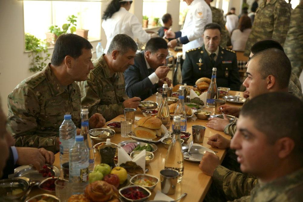 Закир Гасанов: Каждый азербайджанский солдат должен быть готовым проявить смелость в боях против оккупантов (ФОТО/ВИДЕО) - Gallery Image