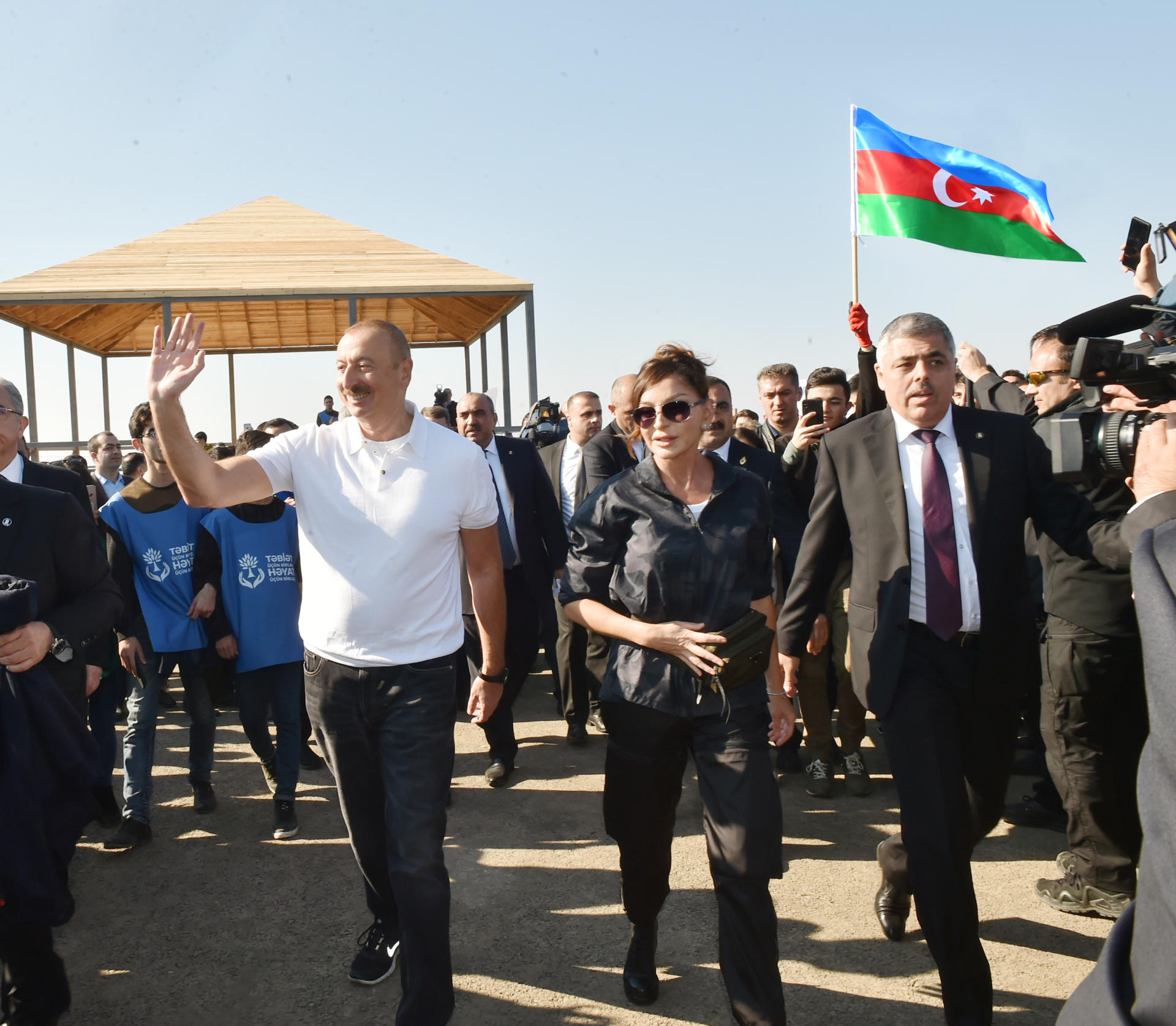 Azerbaijani president, first lady attend tree-planting campaign in Khatai district, Baku (PHOTO) - Gallery Image