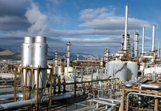 Production of some chemicals and petrochemicals up in Iran
