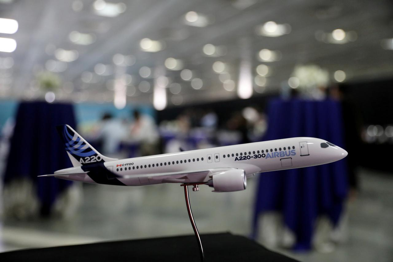 Airbus says could stretch A220 airliner, but has no current plan to do so