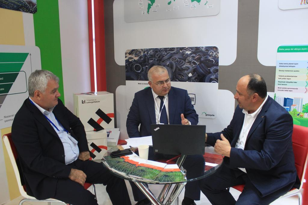 Holcim Azerbaijan offers new solution for sustainable waste management (PHOTO) - Gallery Image