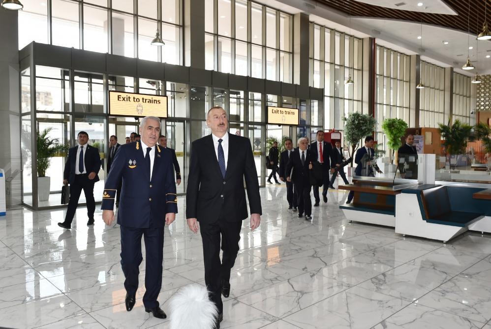Президент Ильхам Алиев принял участие в открытии после реконструкции линии Сабунчи-Пиршаги Бакинской кольцевой железной дороги (ФОТО) (версия 5) - Gallery Image