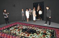 Birinci vitse-prezident Mehriban Əliyeva 8-ci Moskva Beynəlxalq Müasir İncəsənət Bienallesi ilə tanış olub (FOTO) - Gallery Thumbnail