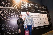 Королевская роскошь и богатые вечерние наряды  - второй день Azerbaijan Fashion Week (ФОТО) - Gallery Thumbnail