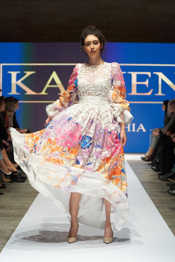Azerbaijan Fashion Week – выход невесты в 40-кг платье с куклами, ранние браки и брутальность (ФОТО) - Gallery Image