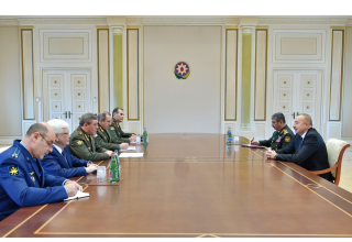 President Aliyev receives delegation led by Chief of General Staff of Russian Armed Forces (PHOTO)