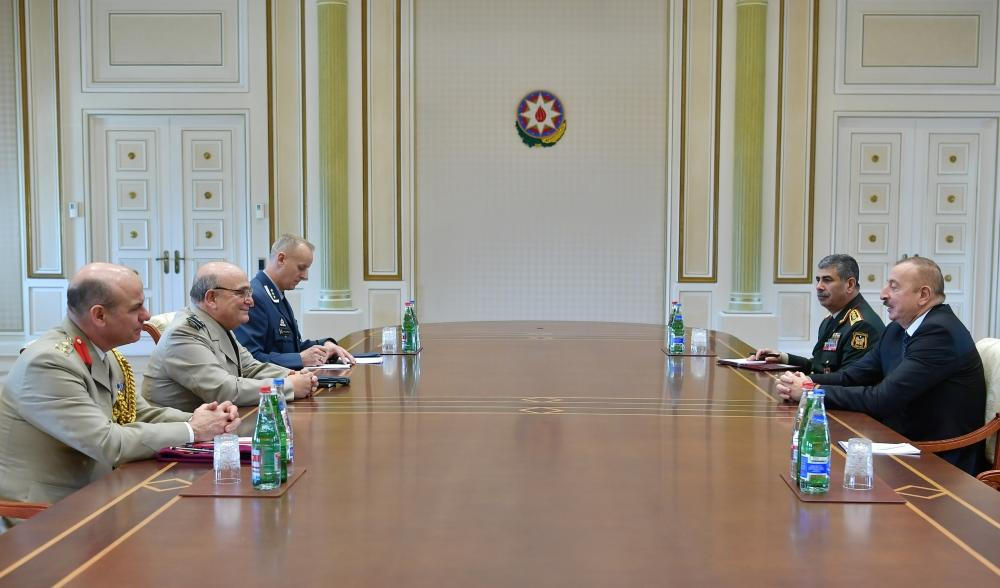 Prezident İlham Əliyev NATO-nun Hərbi Komitəsi sədrinin başçılıq etdiyi nümayəndə heyətini qəbul edib (FOTO) (YENİLƏNİB) - Gallery Image