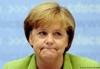 Merkel promises Germany's help after catastrophic explosions in Beirut