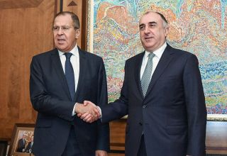 Azerbaijani, Russian FMs hold phone conversation