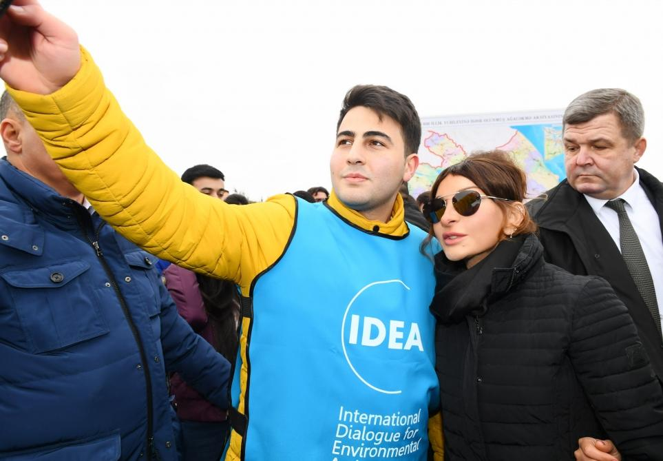 President Ilham Aliyev, First Lady Mehriban Aliyeva attend tree-planting campaign in Shamakhi district (PHOTO) - Gallery Image