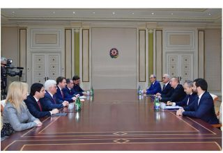 President Ilham Aliyev receives delegation led by Russian minister of economic development (PHOTO)