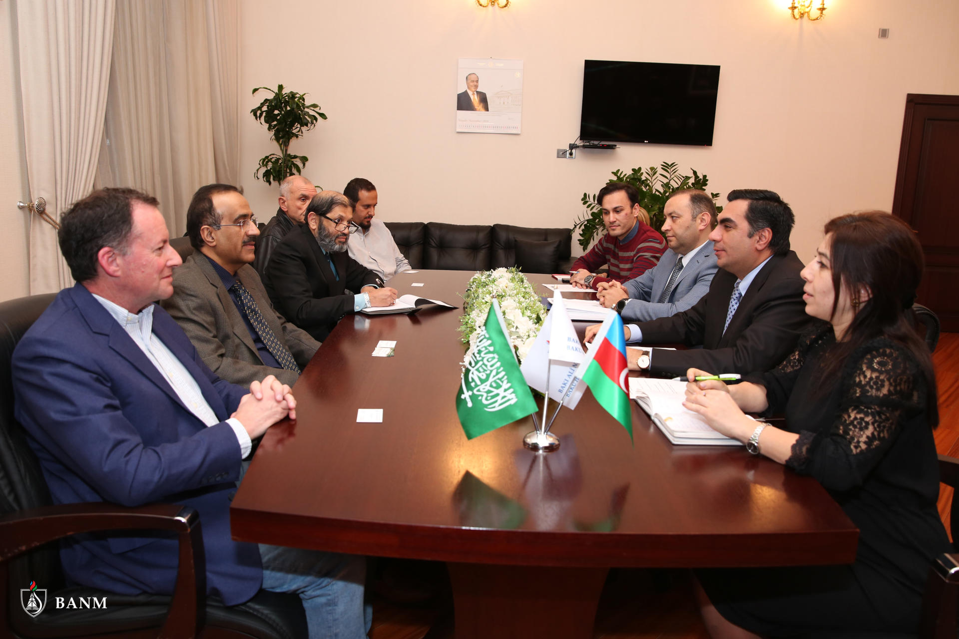 Baku Higher Oil School hosts meeting with representatives of Saudi Arabia's University of Petroleum & Minerals (PHOTO) - Gallery Image