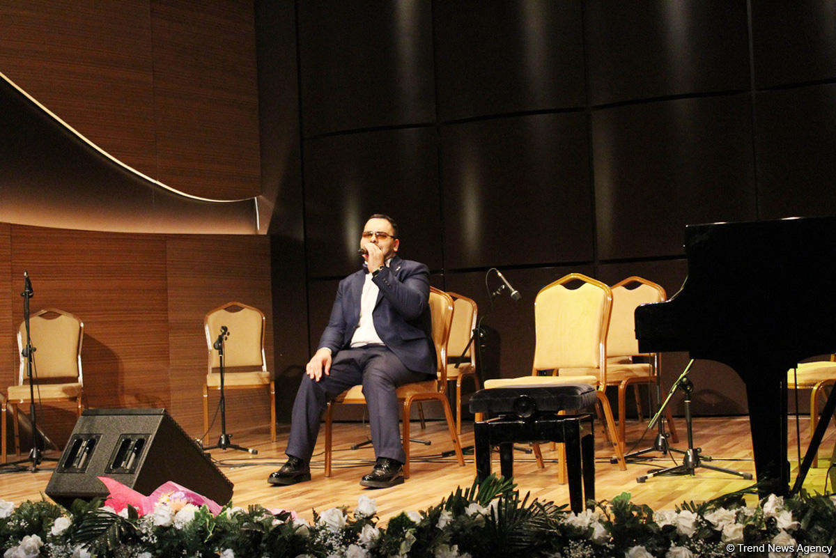 Когда сила духа творит чудеса. Это азербайджанский Стиви Уандер (ВИДЕО, ФОТО) - Gallery Image