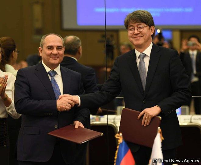 """Azərbaycanla Koreya arasında """"Statistika sahəsində əməkdaşlıq haqqında Anlaşma Memorandumu"""" imzalandı (FOTO) - Gallery Image"""