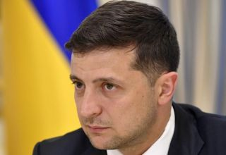 Ukrainian president retests negative for COVID-19