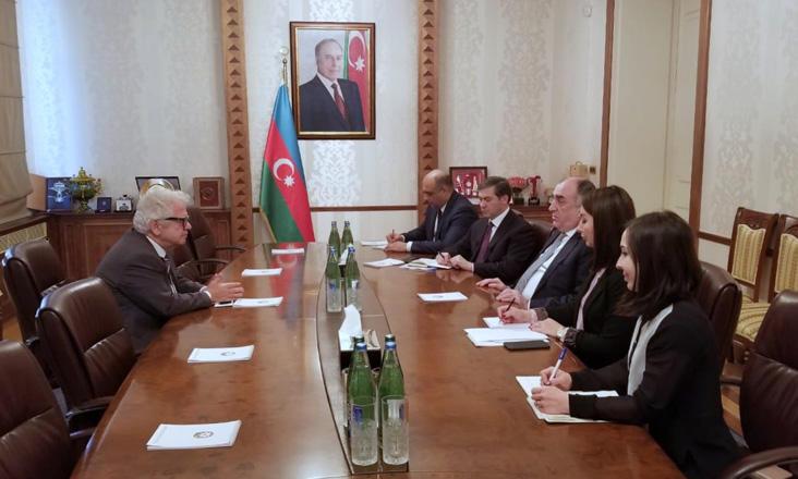 Эльмар Мамедъяров принял послов Греции и Молдовы в связи с завершением дипмиссии в Азербайджане (ФОТО) - Gallery Image