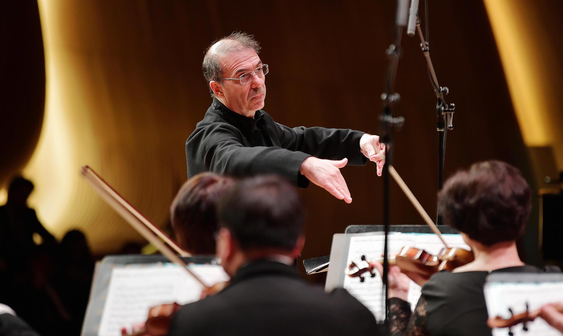 В Центре Гейдара Алиева состоялся концерт Московского камерного оркестра Musica Viva (ФОТО/ВИДЕО) - Gallery Image