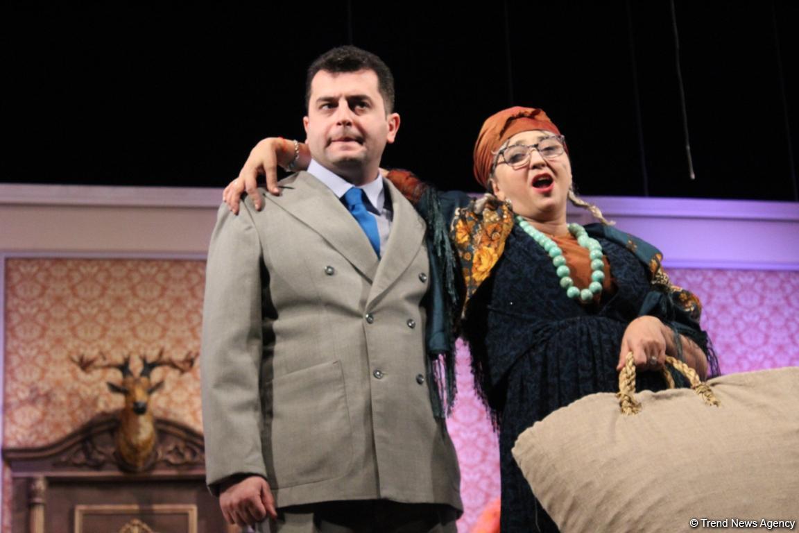 """Чучело марала и """"Баяты-Шираз"""" на контрабасе - немного забавная и немного грустная история про азербайджанцев (ВИДЕО, ФОТО) - Gallery Image"""