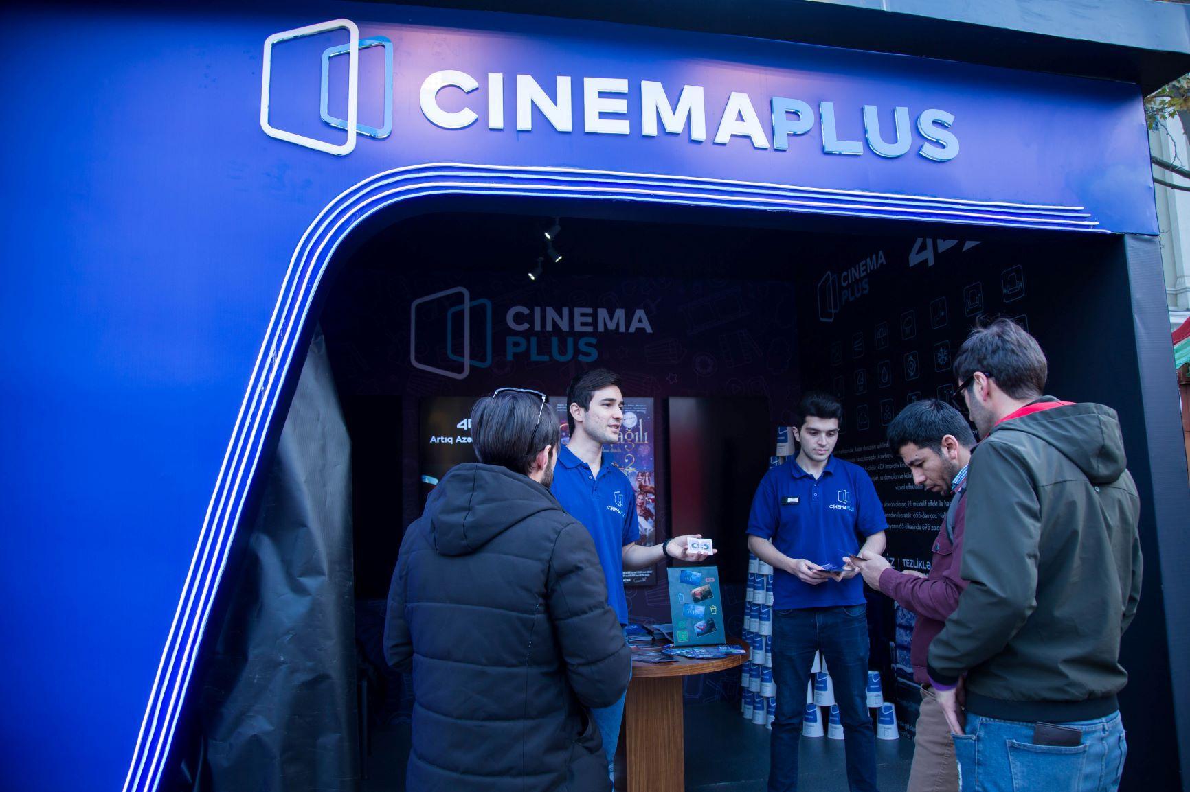"""CinemaPlus """"Soyuq əllər, isti ürək"""" yeni il yarmarkasında (FOTO) - Gallery Image"""
