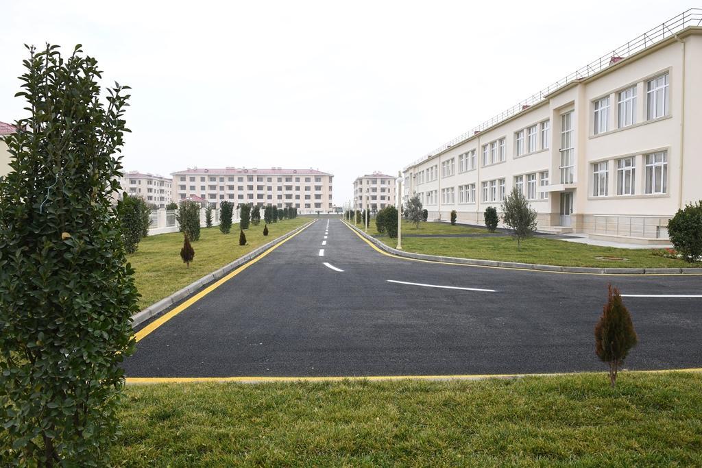 В Кюрдамире передан в пользование вынужденных переселенцев новый жилой комплекс на 563 семьи (ФОТО) - Gallery Image