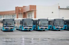 Bakıda 160 saylı marşruta yeni avtobuslar verildi (FOTO) - Gallery Thumbnail