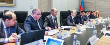 Baku discusses implementation of pilot projects in energy sector (PHOTO) - Gallery Thumbnail